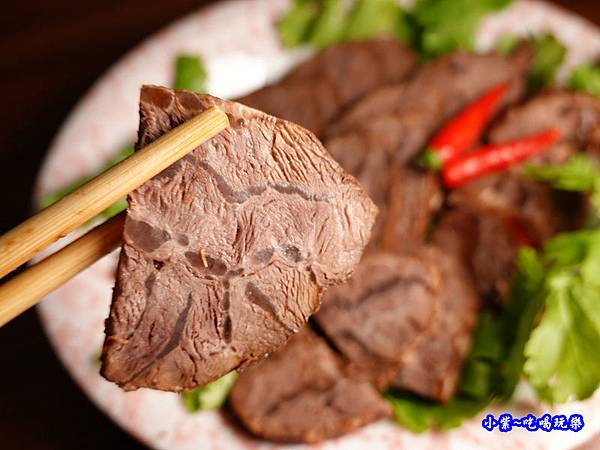 黑竹園滷牛肉 (5).jpg