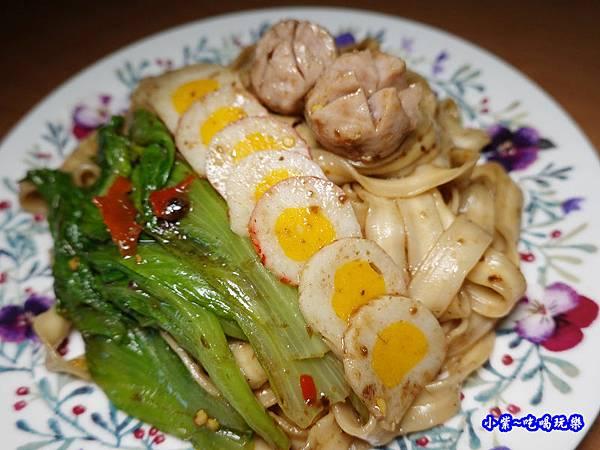大叔製麵+青菜火鍋料煮食6.jpg
