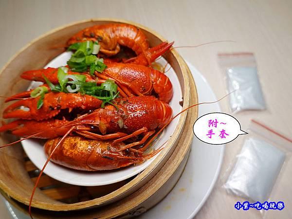 十三香小龍蝦-港點大師經國店 (3).jpg