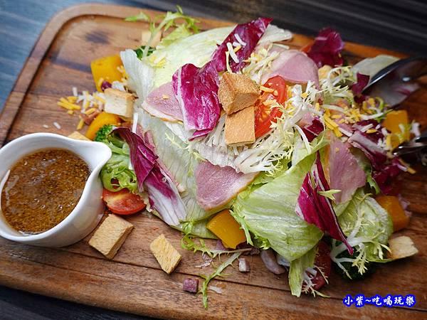 和風蜜桃鴨胸沙拉-洋城義大利餐廳慶城店 (3).jpg