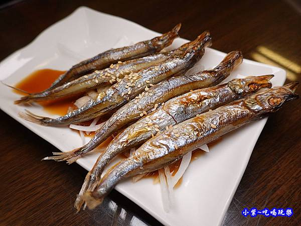 烤柳葉魚-鮨老大 (2).jpg