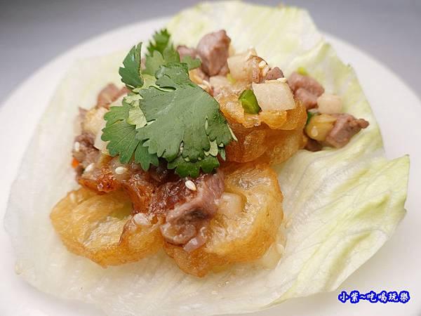 生菜盞水果鴨鬆-四季中餐廳 (2).jpg