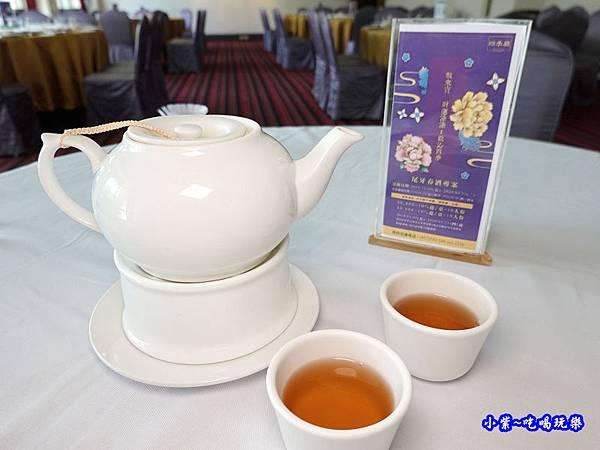 烏龍茶-四季中餐廳.jpg