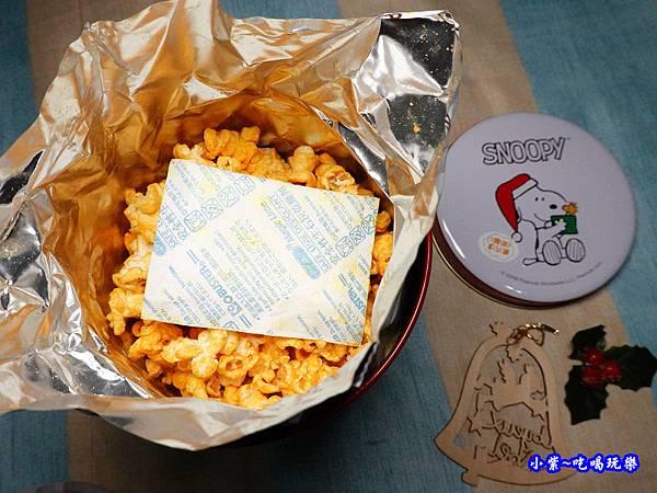 米樂爆米花(millerpopcorn)-史努比聖誕合唱罐(黃巧達起司) (7).jpg