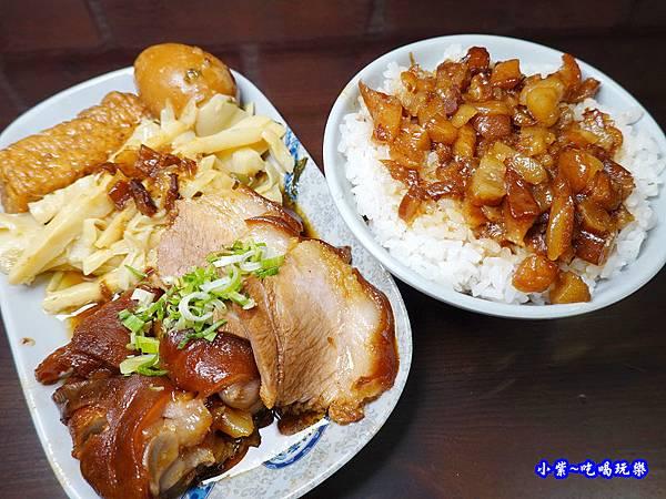 招牌豬腳套餐-萬家老街豬腳龍岡店  (2).jpg