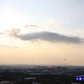 近距離看飛機-海灣星空景觀咖啡館  (4).jpg