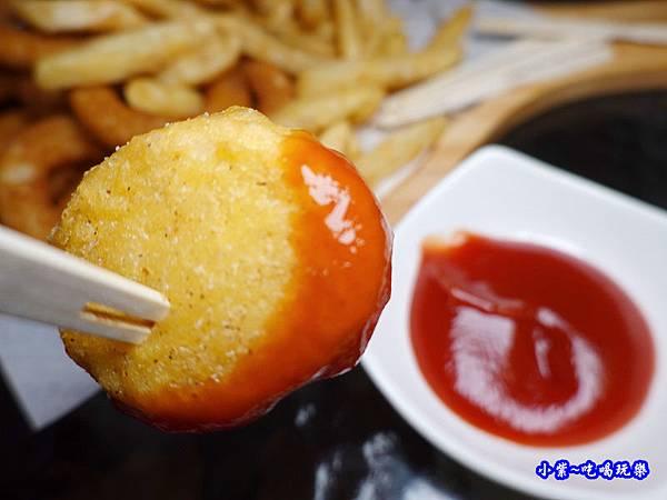 美式炸物拼盤-海灣星空景觀咖啡館  (4).jpg