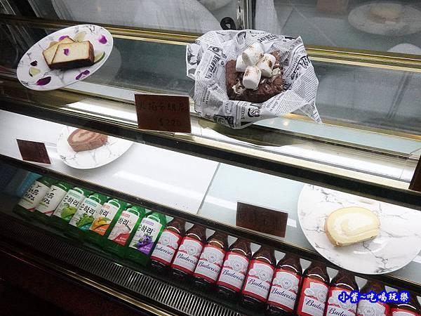 蛋糕甜點-海灣星空景觀咖啡館.jpg