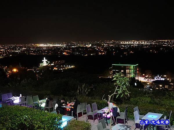戶外觀景用餐座位-海灣星空景觀咖啡館 (5).jpg