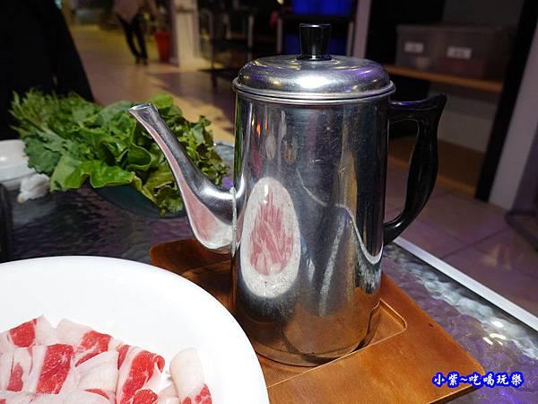 火鍋附高湯-海灣星空景觀咖啡館.jpg