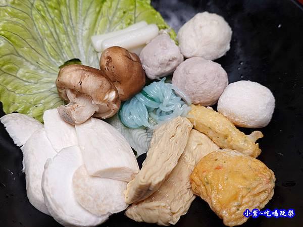 菜盤-本燔野菜農場 (3).jpg