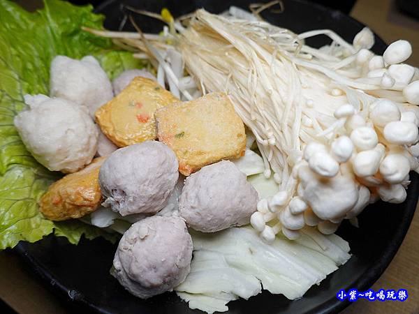 菜盤-本燔野菜農場 (1).jpg