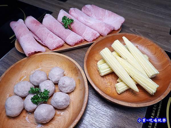 升級豪華B餐-鍋小三 (2).jpg