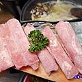 火烤兩吃=加點牛肉-鍋小三 (1).jpg