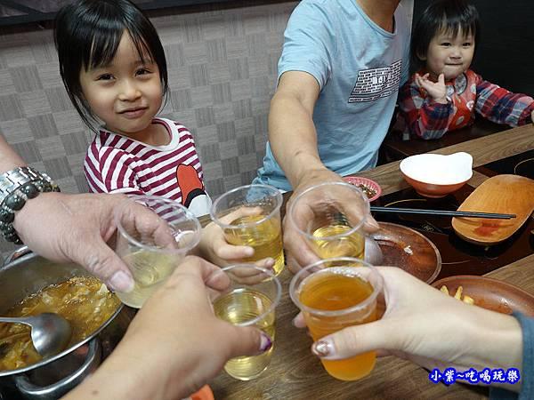 沙鹿鍋小三平價小火鍋 (14).jpg