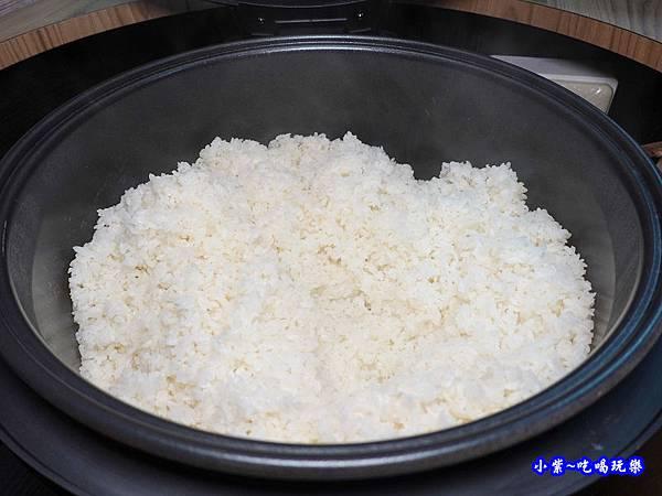 沙鹿鍋小三平價小火鍋白飯.jpg