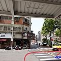 捷運南京復興1號出口往神仙牛肉麵1 (2).jpg