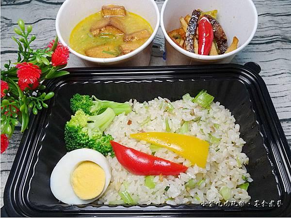 蟹黃豆腐煲餐盒-上海鄉村 (2).jpg