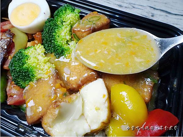 蟹黃豆腐煲餐盒-上海鄉村 (14).jpg