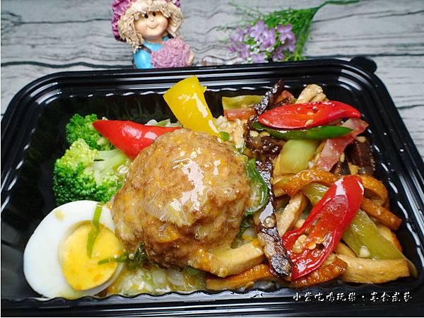 蟹黃獅子頭餐盒-上海鄉村 (6).jpg