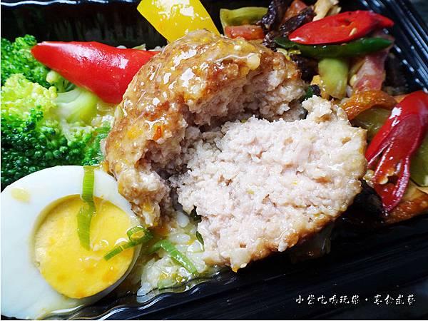 蟹黃獅子頭餐盒-上海鄉村 (8).jpg