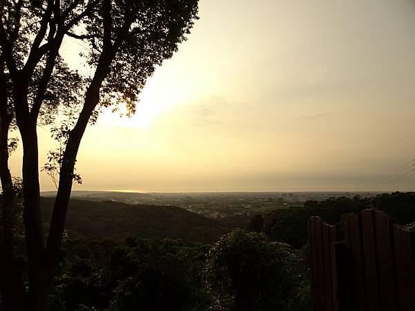 金獅寺附近觀景台.JPG