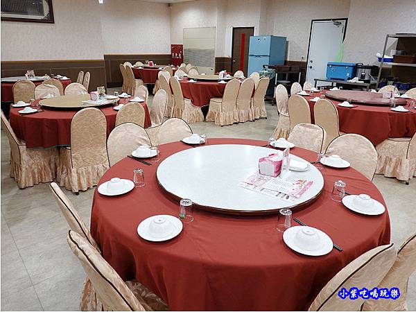 一樓用餐區-珍寶燒肥鵝餐廳.jpg