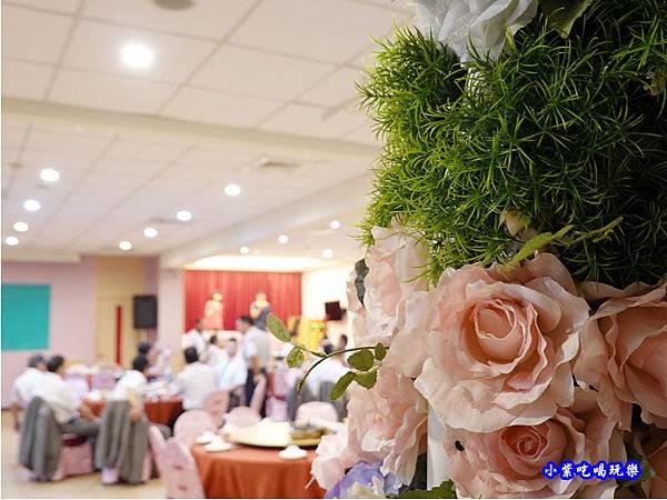 二樓用餐區-珍寶燒肥鵝餐廳 (2).jpg