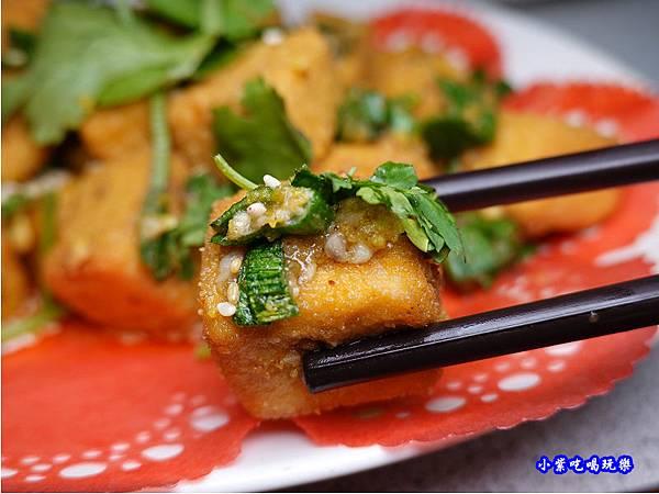 蒜香金沙豆腐-珍寶燒肥鵝餐廳 (1).jpg
