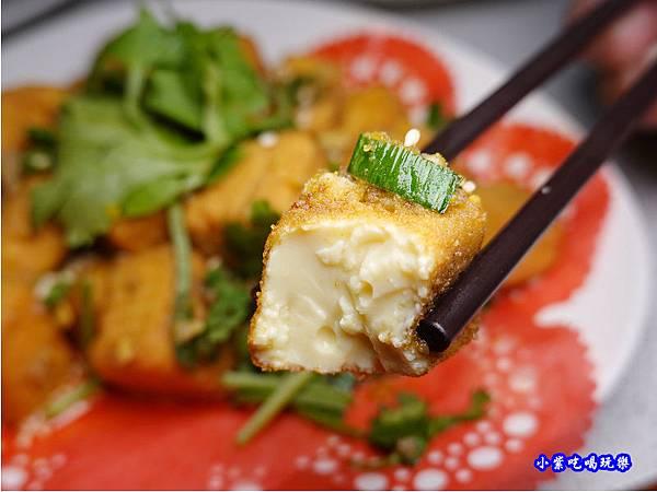蒜香金沙豆腐-珍寶燒肥鵝餐廳 (2).jpg