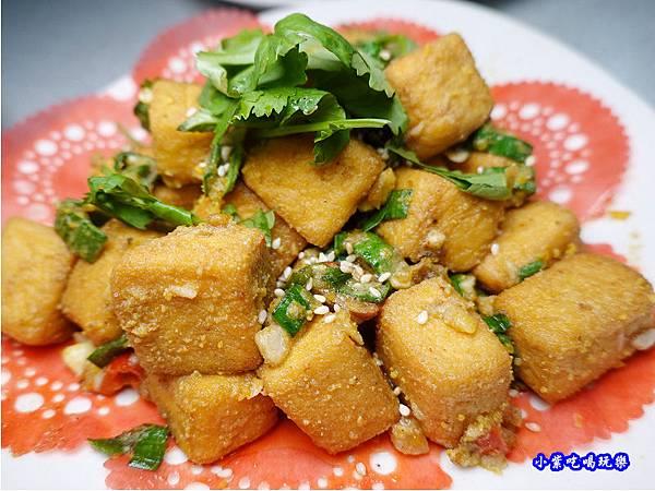 蒜香金沙豆腐-珍寶燒肥鵝餐廳 (3).jpg
