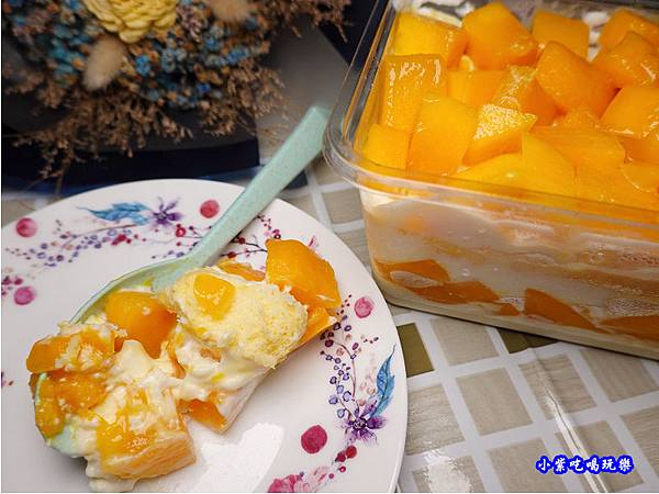 芒芒人海-芒果奶酪蛋糕-蛋金固古早味蛋糕 (8).jpg