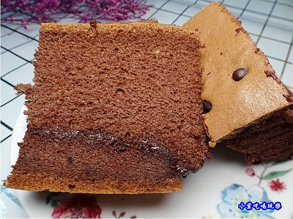 爆漿巧克力-蛋金固古早味蛋糕 (2).jpg