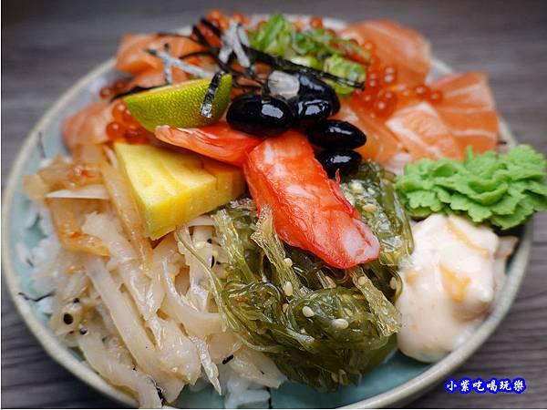 鮭魚親子丼-紳爺食堂 (1).jpg