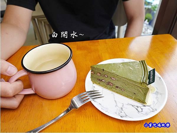 抹茶紅豆千層-魔法氛子 (1).jpg