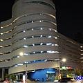 松山八德立體停車場-饒河街夜市.jpg