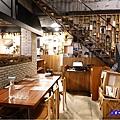 一樓用餐環境-薄多義桃園店 (3).jpg