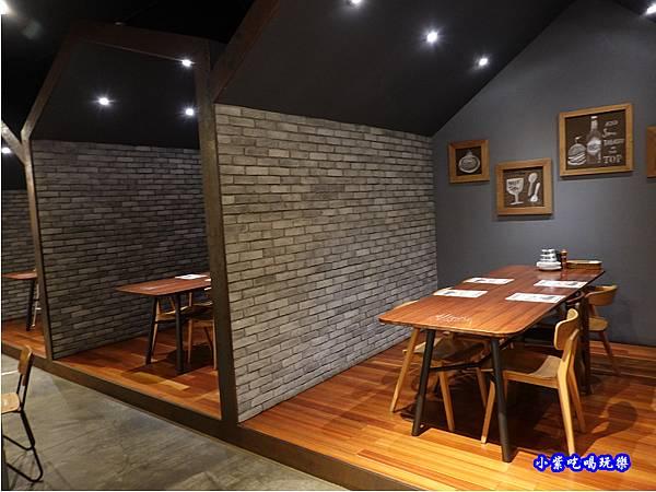 二樓用餐環境-薄多義桃園店 (7).jpg