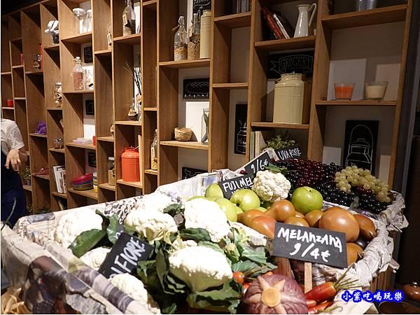 二樓用餐環境-薄多義桃園店 (10).jpg
