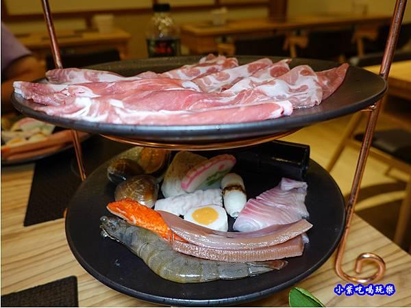 梅花豬肉鍋-苑裡米多岦餐廳 (2).jpg