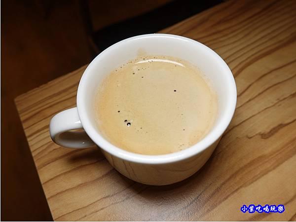 樂發咖啡-義式熱咖啡-米多岦餐廳.jpg
