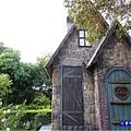 B11旁-歐式建築廁所-綠意山莊 (3).jpg