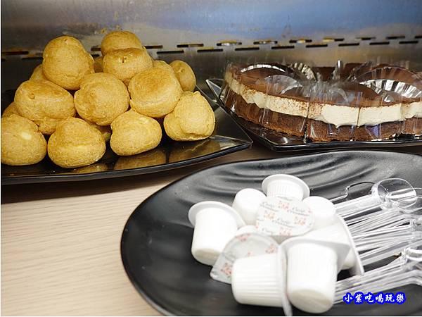 甜點-金大鋤壽喜燒府中店(吃到飽) (3).jpg