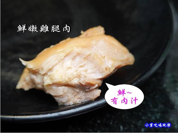 頂級鮮嫩雞肉-金大鋤壽喜燒府中店(吃到飽) (2).jpg