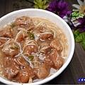 外帶赤肉麵線-無敵號赤肉大腸蚵仔麵線 (3).jpg