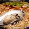 東石鮮蚵加辣-無敵號赤肉大腸蚵仔麵線.jpg
