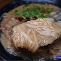 綜合麵線加辣-無敵號赤肉大腸蚵仔麵線 (4).jpg