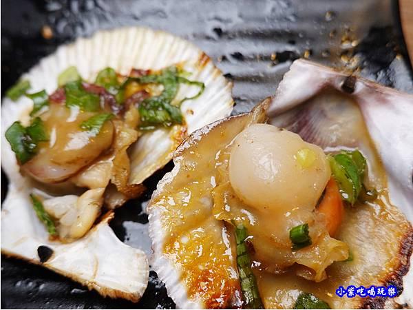 北海道小扇貝-赤富士無煙燒肉鍋物吃到飽 (1).jpg