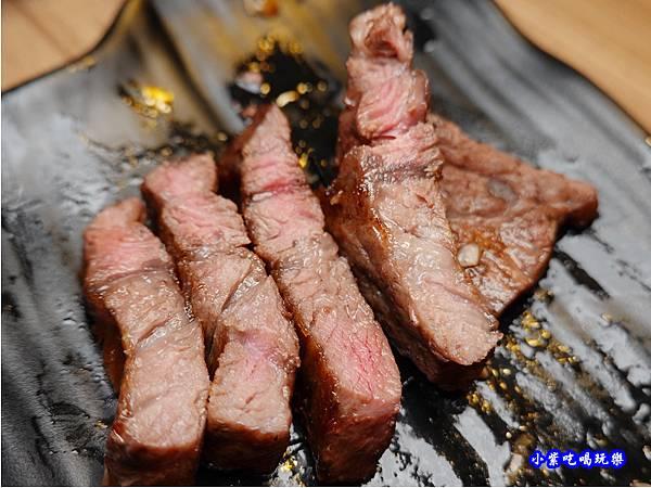 打卡和牛-赤富士無煙燒肉鍋物吃到飽 (2).jpg