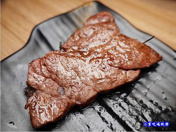 打卡和牛-赤富士無煙燒肉鍋物吃到飽 (1).jpg